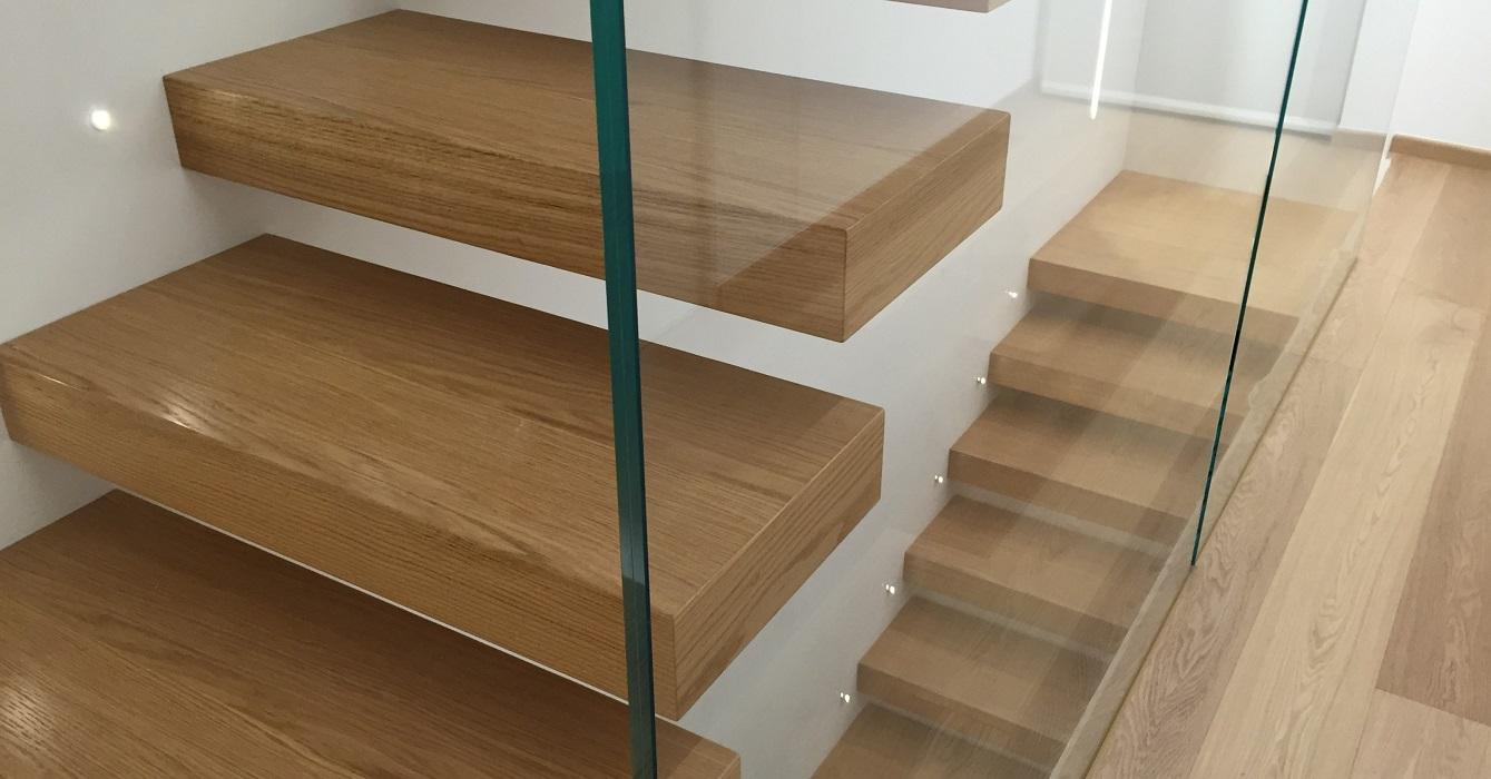 Scale d 39 arredo su misura per interni e esterni spazio scale - Scale classiche per interni ...