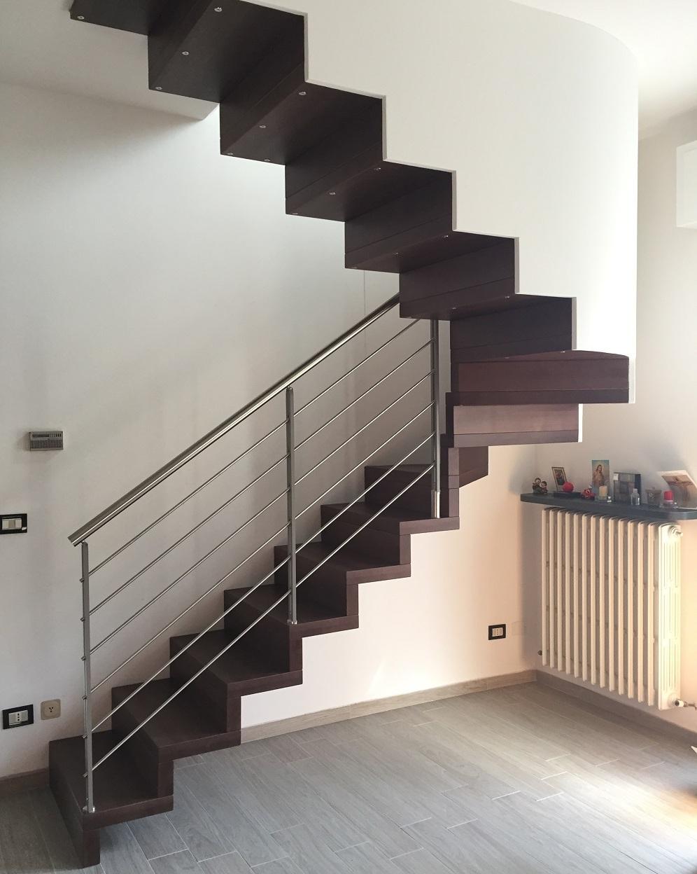 Scala System in legno di faggio tinto