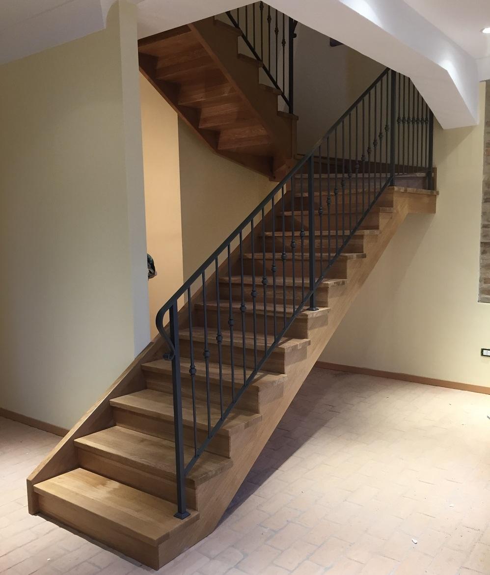 Scala in ferro con gradini in legno lu43 regardsdefemmes for Gradini in legno prezzi
