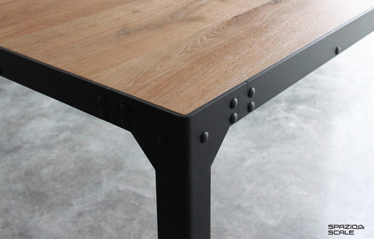 Tavolo in stile industriale (1)